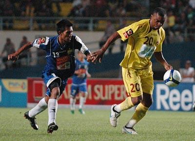 Budi Sudarsono Sriwijaya FC vs Persib