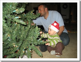 Reid & Daddy put up the tree, Dec 2009