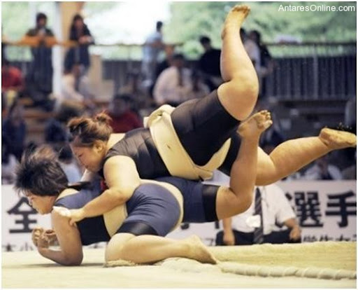102810_1745_Ladysumowre13 - Sumo Wrestling Sa Mga Baje - Sports and Fitness