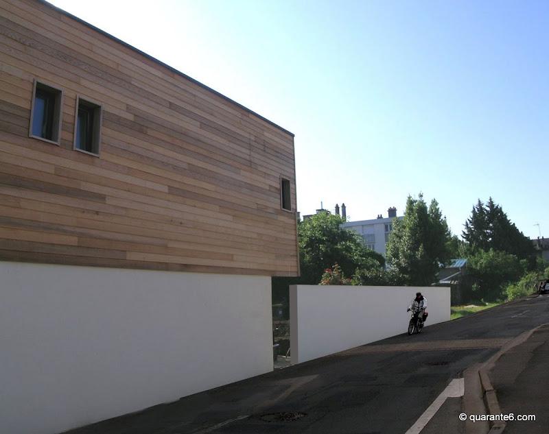 Une greffe en bois eric leconte architecte for Nom architecte