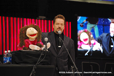 Terry Fator and Emma Las Vegas