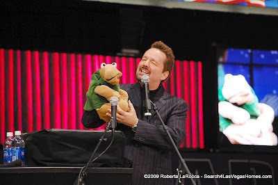 Terry Fator and Winston Las Vegas
