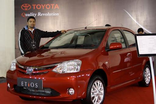 Hrish with Toyota Etios Q Class