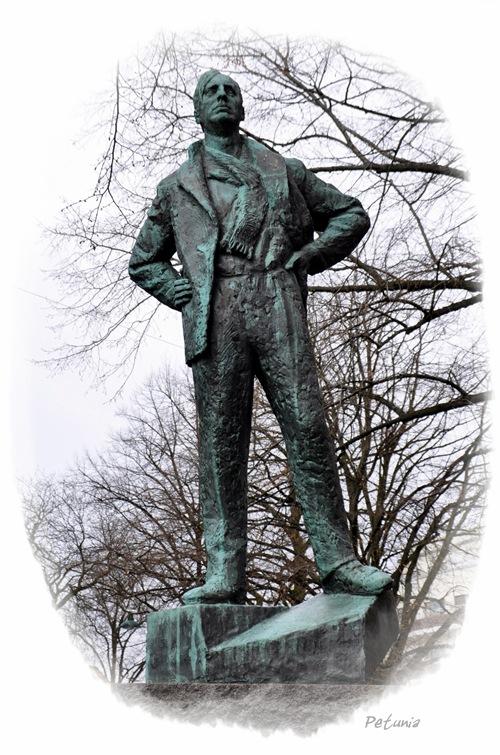 Nordahl Grieg