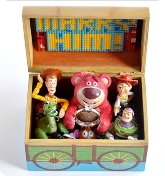 toy-story-engagement-box_9
