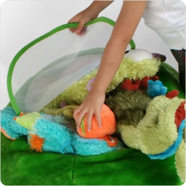 Oval Animal Toy Bag in Green2