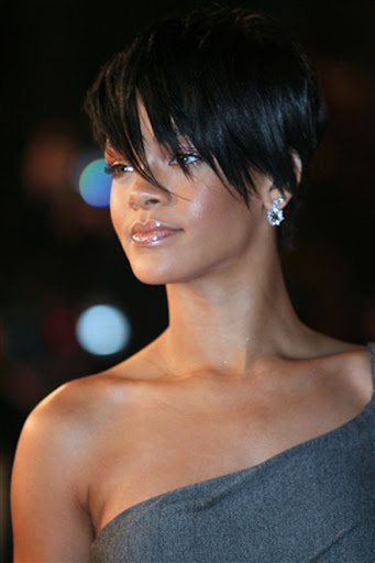 Black sweet rihann short fringe hairstyles for fall 2008 fashion