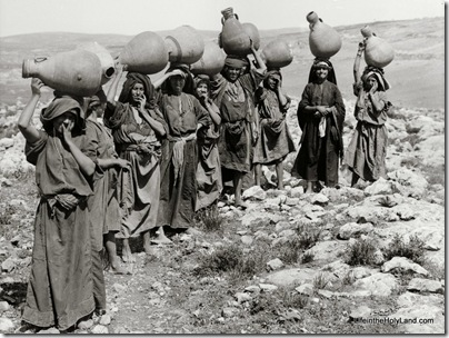 Women carrying water jars, mat00063