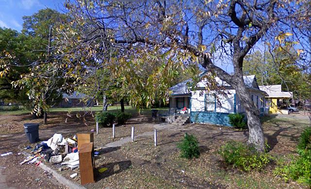 google streetview trash in yard