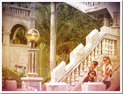 irish, jennifer and rhecel on the simala staircase