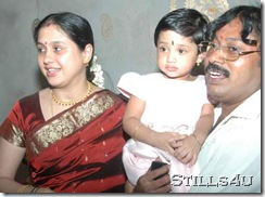 devayani_with_daughter_husband