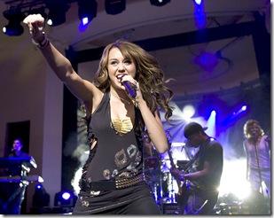 miley cyrus en guadalajara 2011 en concierto