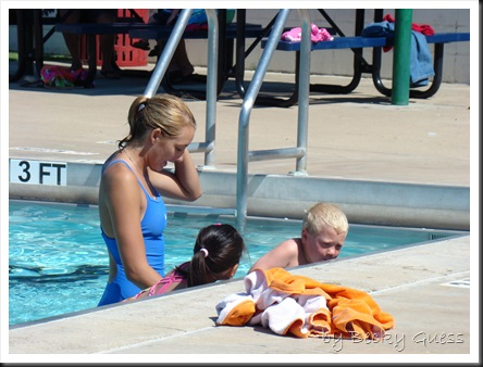 06-25-10 Zane swim lesson 03
