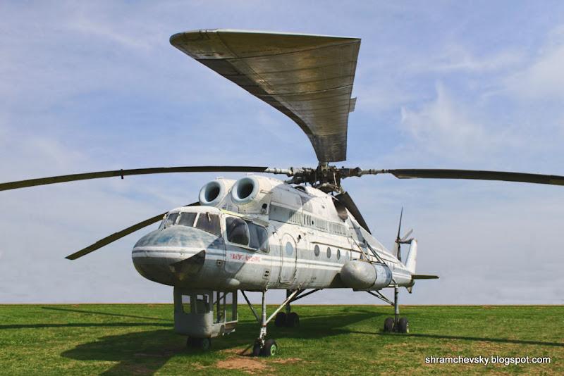 Вертолет Ми-10К Летающий Кран