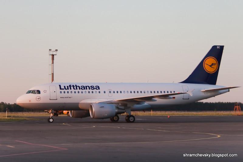 Россия Самара Курумоч Люфтганза Lufthansa Эйрбас Airbus А319 100 D-AIBC