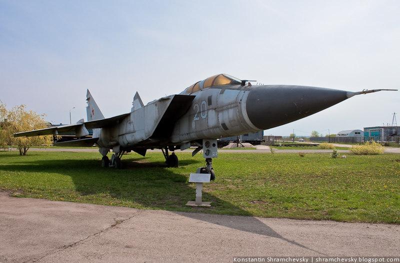 МиГ-25 Штурмовик Технический Музей Тольятти