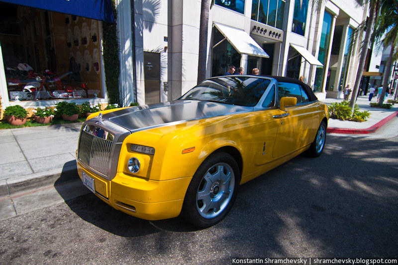 USA California Los Angeles Beverly Hills Rolls Royce Phantom Coupe Yellow США Калифорния Лос Анджелес Беверли Хиллз Роллс Ройс Фантом Купе Жёлтый