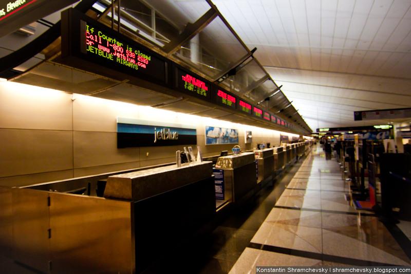 USA Colorado Denver International Airport Check In Desks США Колорадо Денвер Международный Аэропорт Стойки Регистрации