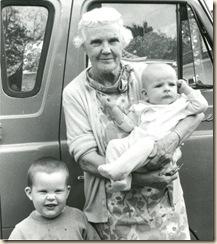 1968_van_grandma_boys002