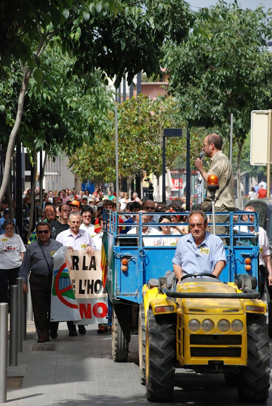 Sortida de la Marxa per Cal Trabal des de la plaça de l'Ajuntament