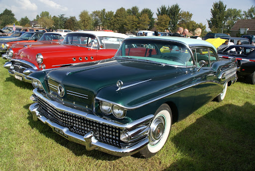 1958 Buick Roadmaster Limited Convertible. 1999 Meadow Brook Concours