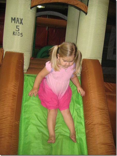 2010-06-16 Lucy fun 2303