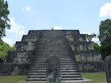 Temple du complexe Q et son sage à barbe (ppfffffffffff !)