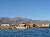 Arrivée sur les îles Uros