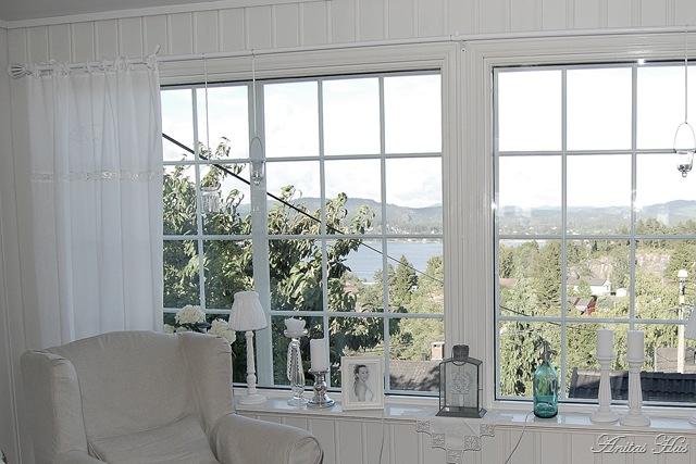 Anitas hus: sprosser og håndbroderte gardiner