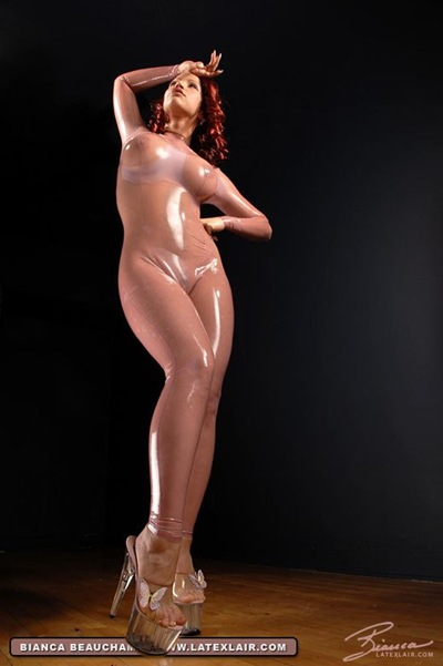 latexlair.com_e_07