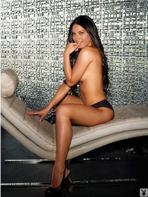 80564_olivia-munn-topless-playboy-01_123_514lo