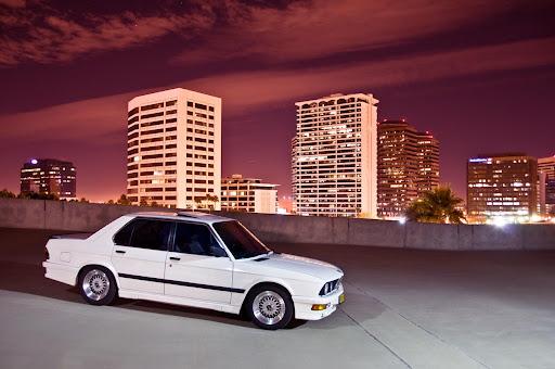 MyE28.com: BMW E28 5-series