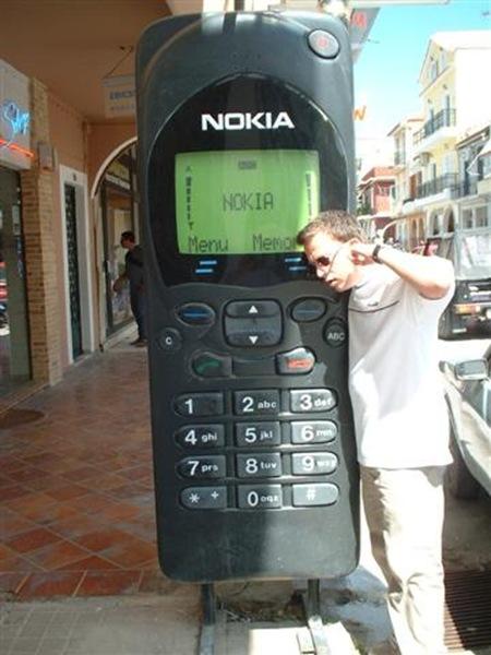 BigNokiaCellPhone(1)