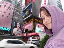 Erika em Times Square