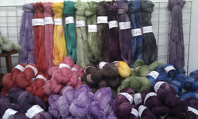 Skeins stand
