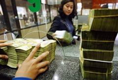 VIETNAM-ECONOMY-BANKING-INFLATION