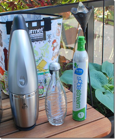 SodaStream Penguin Soda Maker starter kit