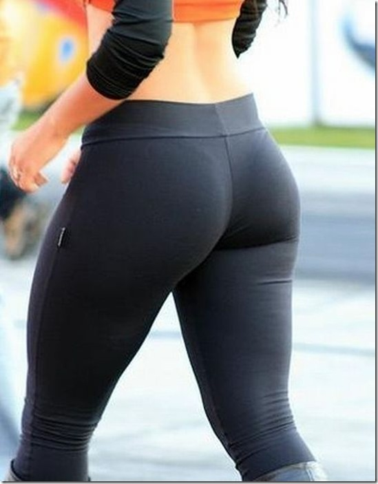 girls in yoga pants 4
