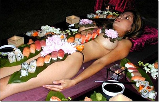 Bar Striber Half%20naked%20women%20with%20sushi%20on%20them%206_thumb