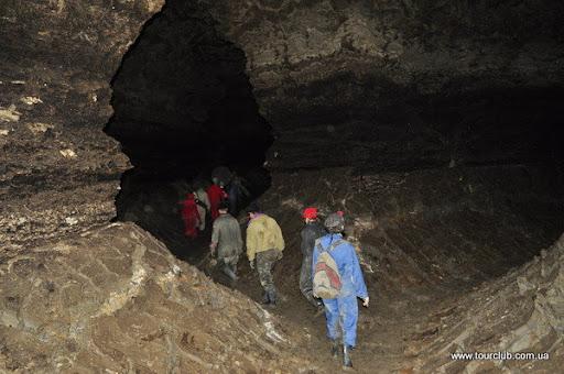 зали в печері Золушка