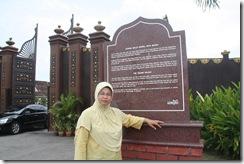 Ke Pasar Siti Khadijah 25.11.2010 006