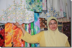 Ke Pasar Siti Khadijah 25.11.2010 029
