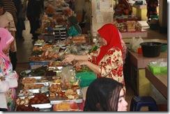 Ke Pasar Siti Khadijah 25.11.2010 032