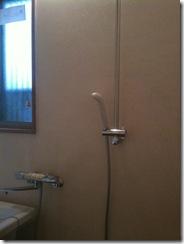 自然素材の家 浴室シャワー