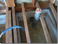 自然素材 トイレ給排水