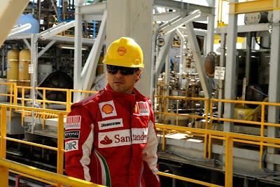 Фелипе Масса на нефтяной вышке FPSO Fluminense 2