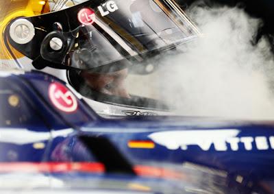 Себастьян Феттель в кокпите Red Bull на Гран-при Венгрии 2010