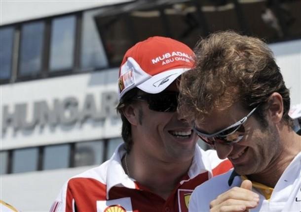 Фернандо Алонсо и Ярно Трулли на Гран-при Венгрии 2010