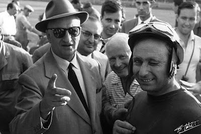Энцо Феррари и Хуан-Мануэль Фанхио Италия 1956