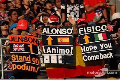болельщики на Гран-при Японии 2010